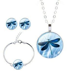 Jewelry - Dragonfly jewelry set - NWT